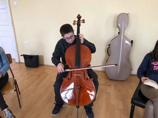 cello4 (2)